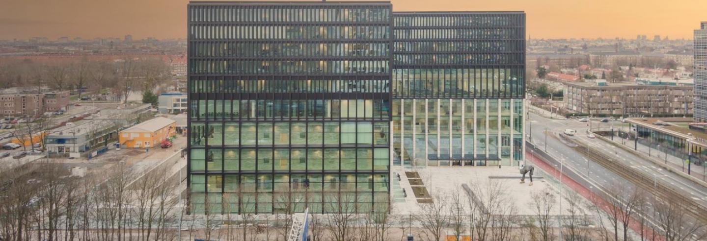 Afbeelding van het nieuwe gebouw van de rechtbank Amsterdam